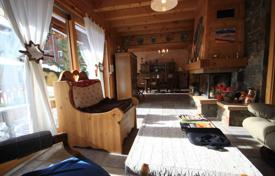 Houses for sale in Alps. Two-storey traditional chalet with a large garden, Morzine, France