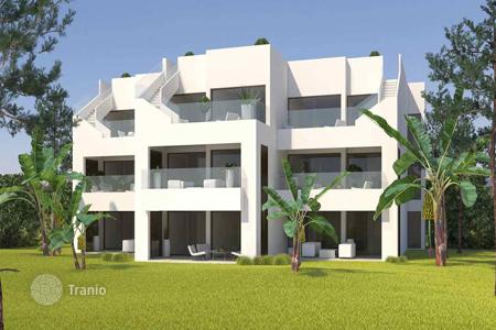 Property for sale in Pilar de la Horadada. Ground floor apartment with 3 bedrooms and garden in Lo Romero Golf