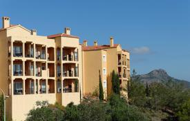 Apartments with pools for sale in Murcia. 3 bedroom apartment in the exclusive La Manga Club Resort