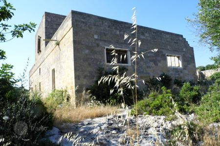 Development land for sale in Italy. Plot for renovation in Torre San Giovanni Ugento