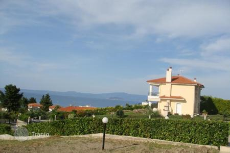 Houses with pools for sale in Administration of Macedonia and Thrace. Villa – Administration of Macedonia and Thrace, Greece