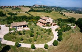 Luxury houses for sale in Umbria. Villa – Umbria, Italy