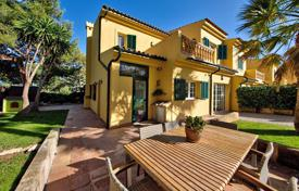 Coastal townhouses for sale in Spain. Terraced house – Palmanova, Balearic Islands, Spain