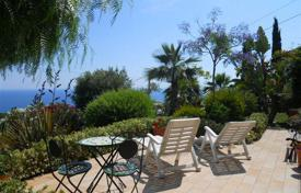 4 bedroom houses by the sea for sale in Italy. Villa – Sanremo, Liguria, Italy