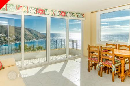 Cheap residential for sale in Moraira. Two bedroom apartments with private terrace and spectacular views of the mountains and the sea, Moraira, Costa Blanca, Spain