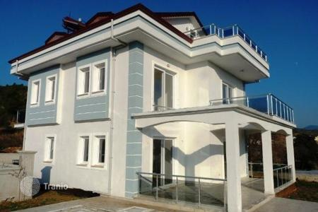 5 bedroom houses by the sea for sale in Western Asia. Villa with a spacious terrace in Calis