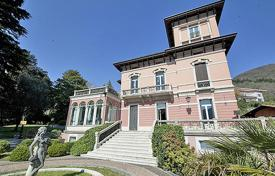 Residential for sale in Lake Como. Villa – Lake Como, Lombardy, Italy