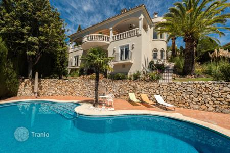 Houses for sale in Malaga. Remarkable Luxurious Villa in Marbella Hill Club, Golden Mile, Marbella