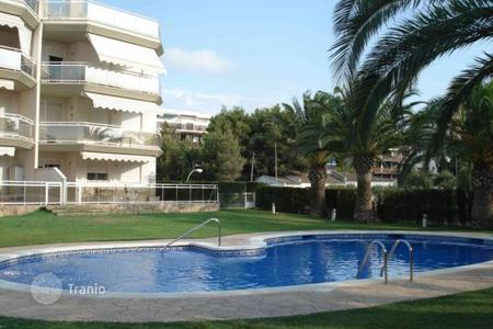 Cheap apartments with pools for sale in Catalonia. Apartment - Catalonia, Spain