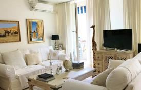 1 bedroom apartments for sale in Beaulieu-sur-Mer. In the heart of Beaulieu, superb entirely renovated 2 room apartment