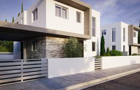 Houses with pools for sale in Yeroskipou. Villa – Yeroskipou, Paphos, Cyprus