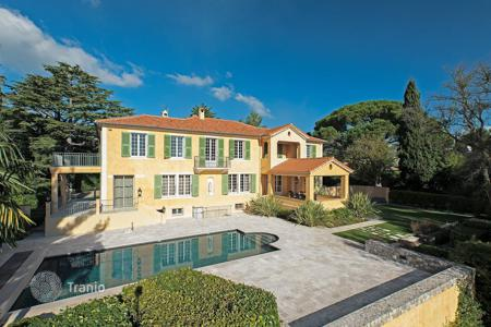 Luxury property for sale in Mandelieu-la-Napoule. Close to Cannes — Mansion