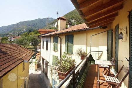 Cheap residential for sale in Italy. Charming Apartment in a historic Hamlet in Lenno