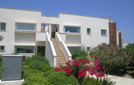Residential for sale in Northern Cyprus. Spacious penthouse in Tatlisu for sale at a low price