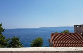 Property for sale in Trogir. House 40 m from the sea