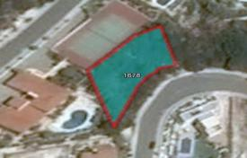 Cheap land for sale in Peyia. 718 m² Plot in Peyia