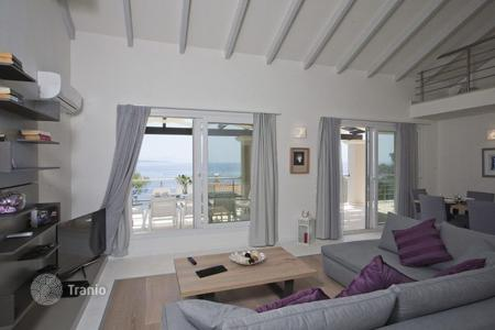 4 bedroom villas and houses to rent in Kassiopi. Villa – Kassiopi, Administration of the Peloponnese, Western Greece and the Ionian Islands, Greece