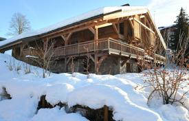 4 bedroom apartments for sale in Auvergne-Rhône-Alpes. 1/2 Chalet — Les Pettoreaux