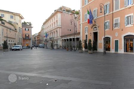 Commercial property to rent in Italy. Office – Rome, Lazio, Italy