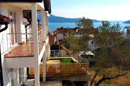 Coastal houses for sale in Herceg-Novi. Townhome - Igalo, Herceg-Novi, Montenegro