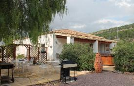 Property for sale in El Pinós. Villa with a covered terrace and a space for a pool, Pinoso, Spain