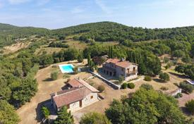 Residential for sale in Umbria. Country house for sale in Umbria