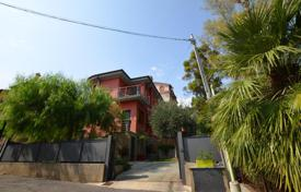 Coastal houses for sale in Liguria. Villa – Sanremo, Liguria, Italy