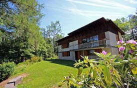 Property for sale in Radovljica. This is a wonderful villa built with views of Lake Bled, lovely gardens, private and can be adapted for different layouts