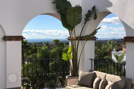 3 bedroom apartments for sale in Malaga. Apartment for sale in Sierra Blanca, Marbella Golden Mile