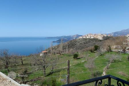 Coastal property for sale in Sveti Stefan. Townhome – Sveti Stefan, Budva, Montenegro