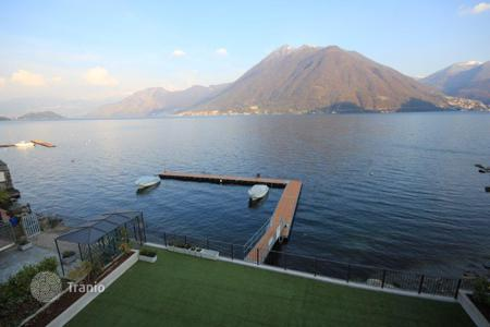 Luxury 2 bedroom apartments for sale in Lombardy. Apartment - Lake Como, Lombardy, Italy