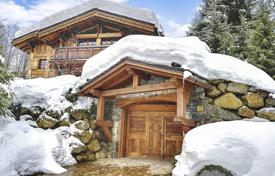 Luxury 5 bedroom houses for sale in Alps. Detached house – Megeve, Auvergne-Rhône-Alpes, France