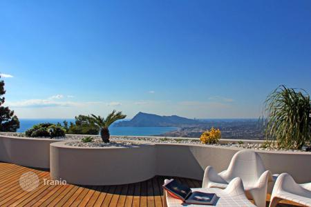 Luxury apartments with pools for sale in Altea. Apartment – Altea, Valencia, Spain