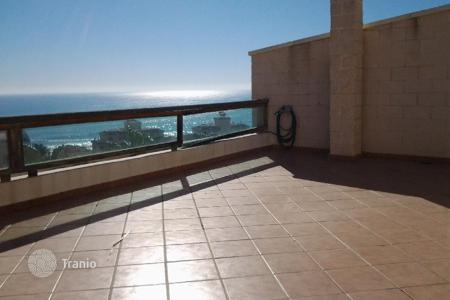 Houses with pools by the sea for sale in Costa Blanca. 580 m² house 450 m² plot 4 floors 4 bedrooms 5 terrace with sea views swimming pool BBQ fully furnished