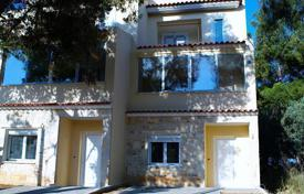 Off-plan houses for sale in Southern Europe. A three-storey cottage on the first line in Attica