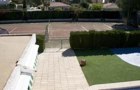 6 bedroom houses for sale in Spain. Orihuela Costa, Dehesa de Campoamor, Villa with plot of 800 m² and 350 m² of house