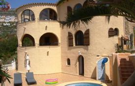 Houses for sale in Cumbre. Villa of 6 bedrooms with pool terrace offering panoramic sea views in Benitachell
