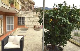 Apartments for sale in Province of Imperia. Spacious apartment with large terrace
