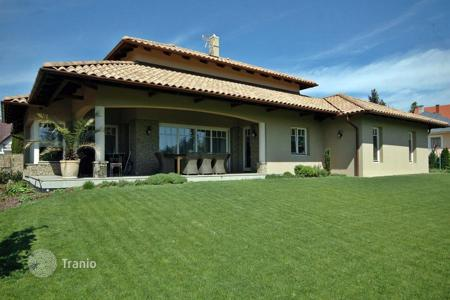 3 bedroom houses for sale in Lake Balaton. Newly built luxury villa