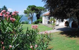 Luxury houses for sale in Leggiuno. Villa – Leggiuno, Lombardy, Italy