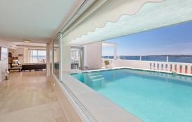 Sea view penthouse with a large open-air swimming pool, Cannes, France for 8,950,000 €
