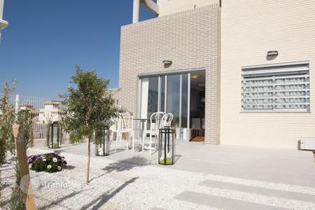 Terraced house from developers for sale in Southern Europe. Terraced house – Torrevieja, Valencia, Spain