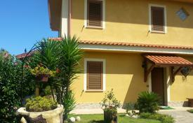 Property for sale in Calabria. Three-storey villa with a large garden next to the coast, Briatico, Calabria, Italy