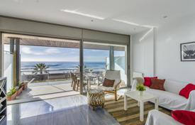 3 bedroom apartments for sale in Cubelles. Bright apartment with a covered terrace, on the first line from the sea, Cubelles, Spain