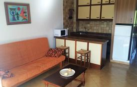 Cheap property for sale in Catalonia. One-bedroom furnished apartment 200 meters from the beach in the center of Salou