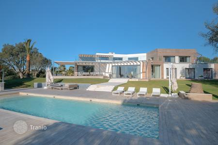 5 bedroom houses for sale in Vallauris. Luxurious and Modern Villa in Cannes