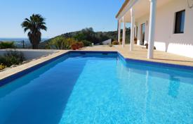 Houses for sale in Faro. 3 Bedroom Villa in the Country with Pool and Sea Views near Estoi