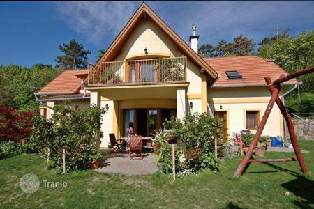 4 bedroom houses for sale in Hungary. The property is situated on a beautiful land next to the forrest. The panoramic view will take your breath away