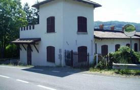 Residential for sale in Emilia-Romagna. Villa in Bobbio, Italy
