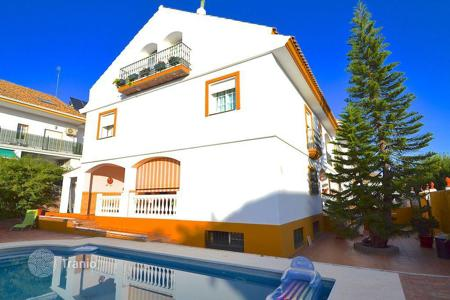 6 bedroom houses for sale in San Pedro Alcántara. Townhome – San Pedro Alcántara, Andalusia, Spain